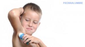 niño-desodorante